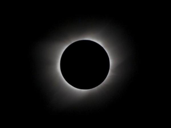 foto-5-hal-menarik-seputar-gerhana-matahari-total